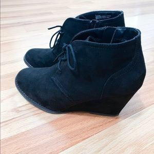 Universal Thread Wedge Booties Black Size 8